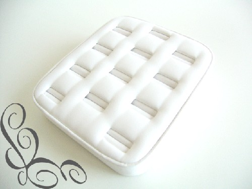 ***Display ringen tray voor 12 ringen wit.
