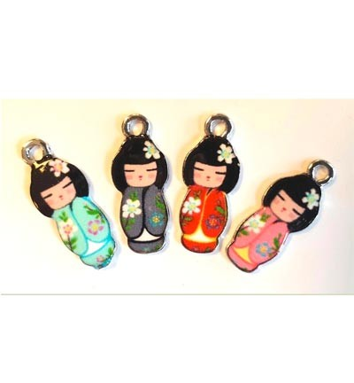 Metal Charms, Japanese Dolls. 4 stuks.