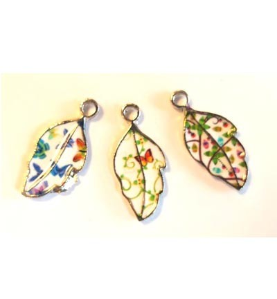 Metal Charms, Leaves. 3 stuks.